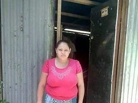 photo of Tania Stefany