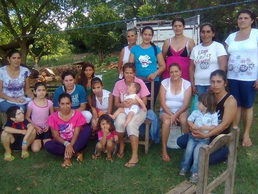Mujeres De Azcurra Group