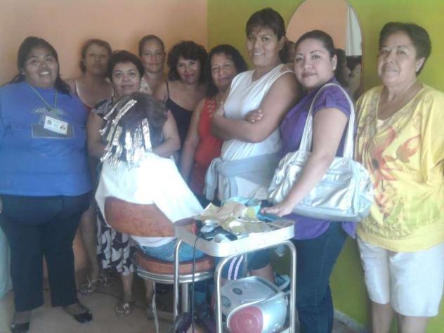Luceritos Azules Group