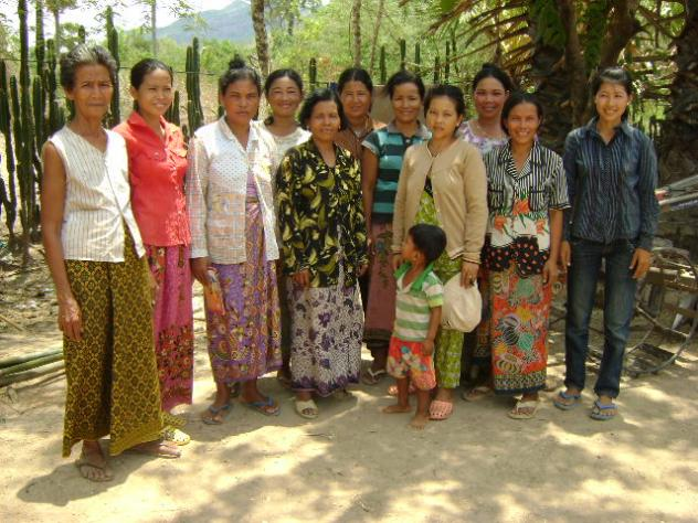 Mrs. Yeng Nhanh Village Bank Group