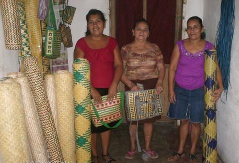 Las Maravillas S.b. Group