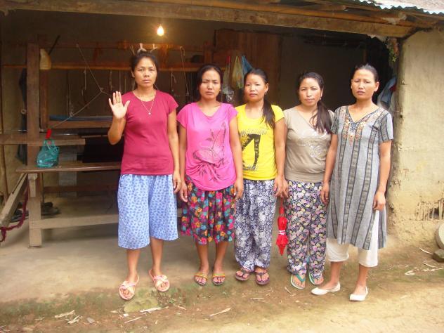 Nunthem Lom Group