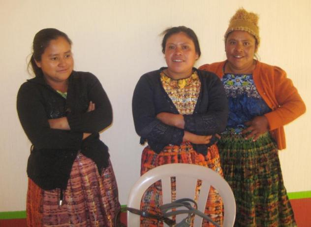 Mujeres De Chisac Group